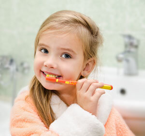 Brushing Teeth - Pediatric Dentist in Highlands Ranch, CO