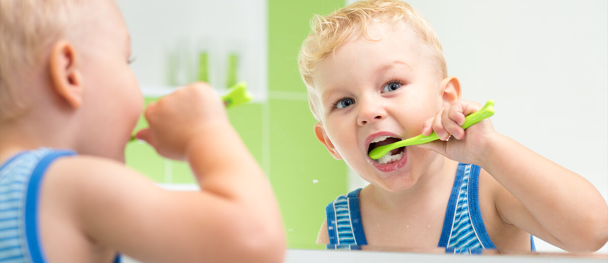 Boy brushing - Pediatric Dentist in Highlands Ranch, CO