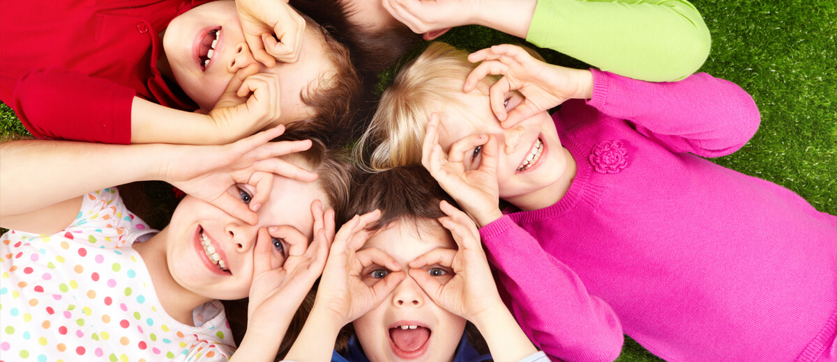 Group of Kids in Circle - Pediatric Dentist in Highlands Ranch, CO